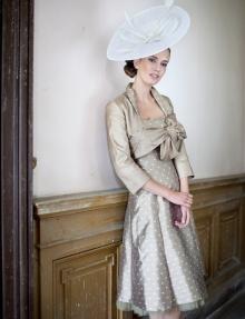 Tenue Paule Vasseur aux Noces de Manon Toulon Var