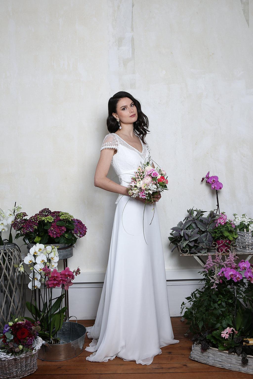 Robes de mariée tendances à Toulon (Var) - Noces de Manon  e2c0db50a7f