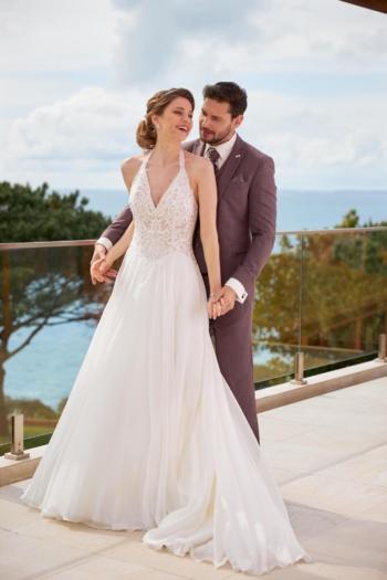 robe de mariée Très Chic 22215